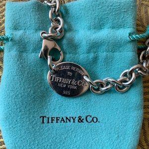 Return to Tiffanys oval sterling silver choker